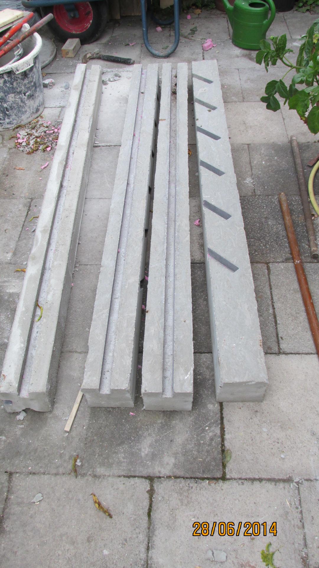komposter aus beton gartenplanung gartengestaltung green24 hilfe pflege bilder. Black Bedroom Furniture Sets. Home Design Ideas